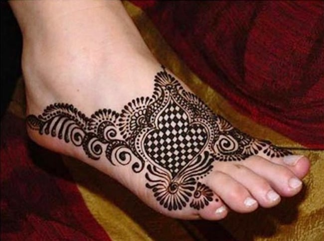 New Punjabi Foot Mehndi Design Collection