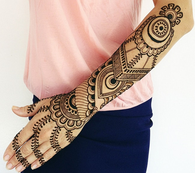 Outstanding Full Hand Henna Art for Girls 2016