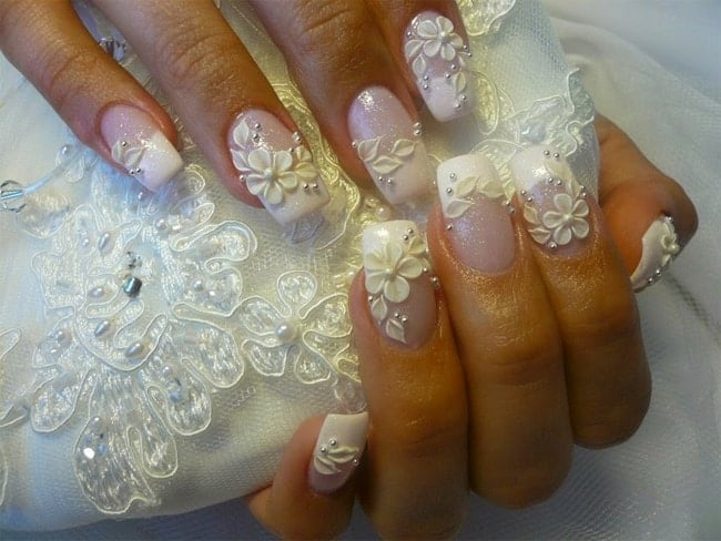Pearl and Flower Wedding Nail Designs for Holiday