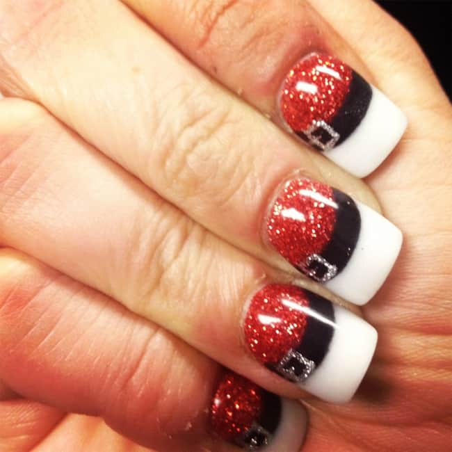 Simple Holiday Nails Ideas for Girls