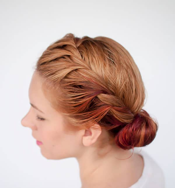 Stunning Side Twist Bun Hairstyles for Party