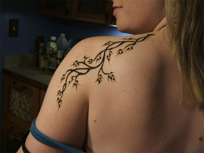 Tree Branches Henna Designs on Shoulder 2016