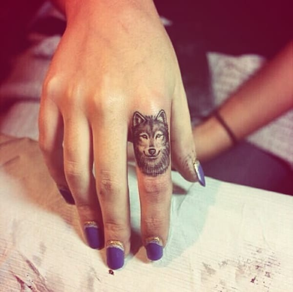 Wolf Finger Tattoo Designs and Blue Nail Art