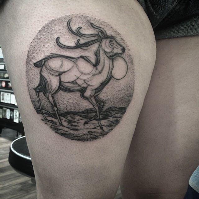 Wonderful Sketch Tattoo on Thigh for Women