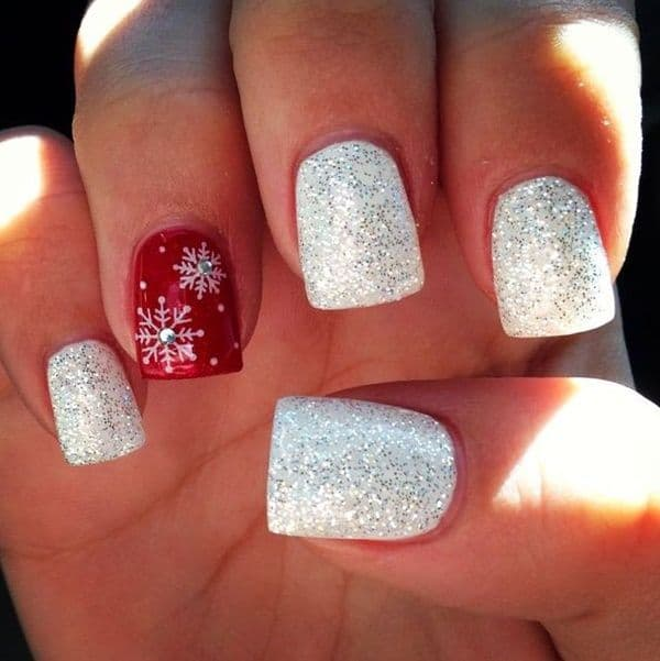 Amazing Christmas Nail art Designs for Girls - 30 Attention-Grabbing Christmas Nail Designs - SheIdeas