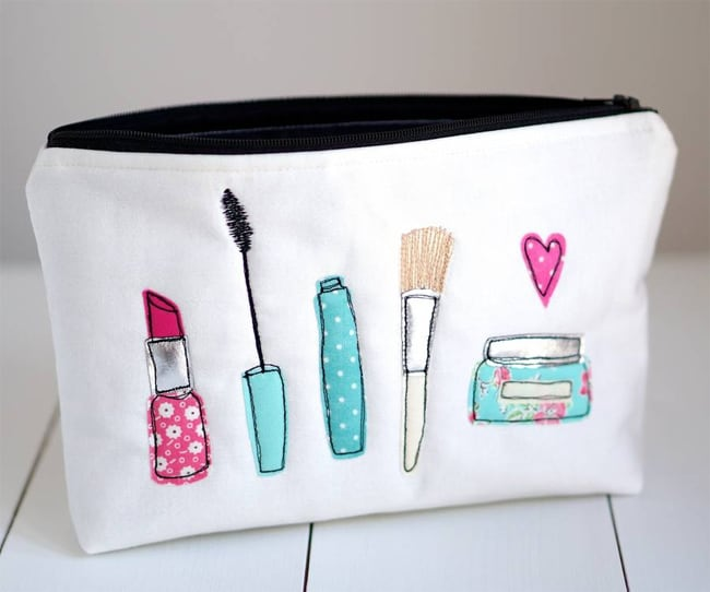 Astonishing Makeup Ladies Bags for Christmas