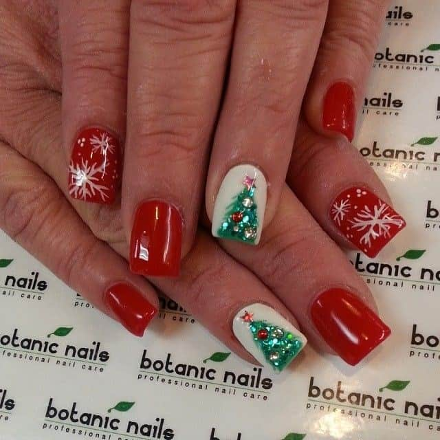 Attractive Christmas Tree Nail Designs 2016