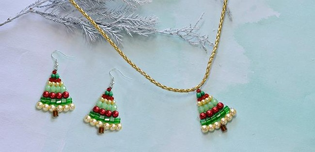 Awesome Beaded Christmas Jewelry Design Ideas