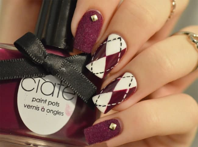 Beautiful Maroon Nail Art Designs for Wedding