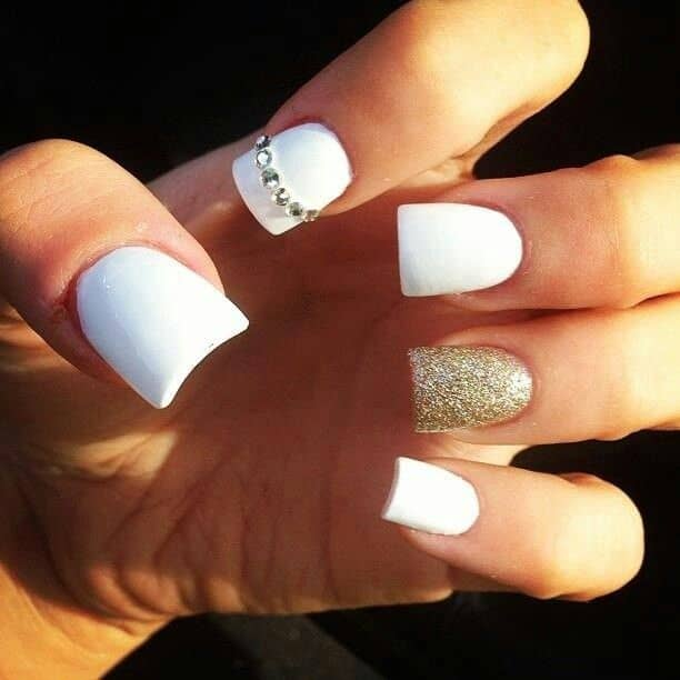 Creative White and Gold Matte Nails Designs