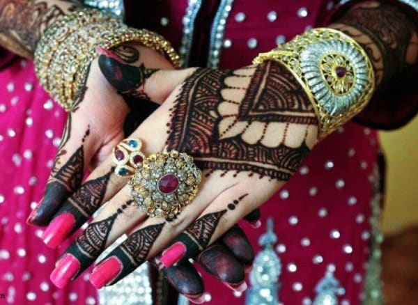 Hands Traditional Mehndi Designs for Brides
