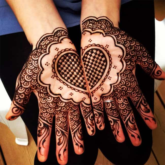 Heart Shape Maple Mehndi Ideas for Christmas