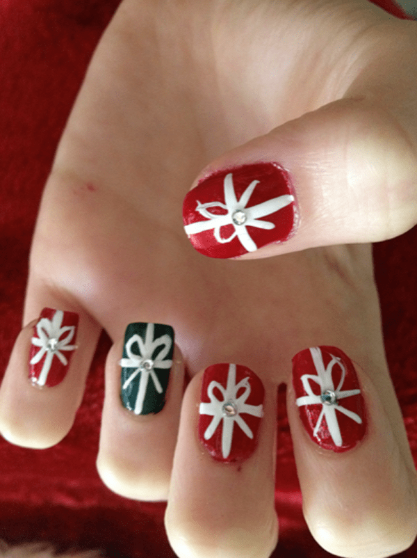 Ideal Easy Nails for Christmas