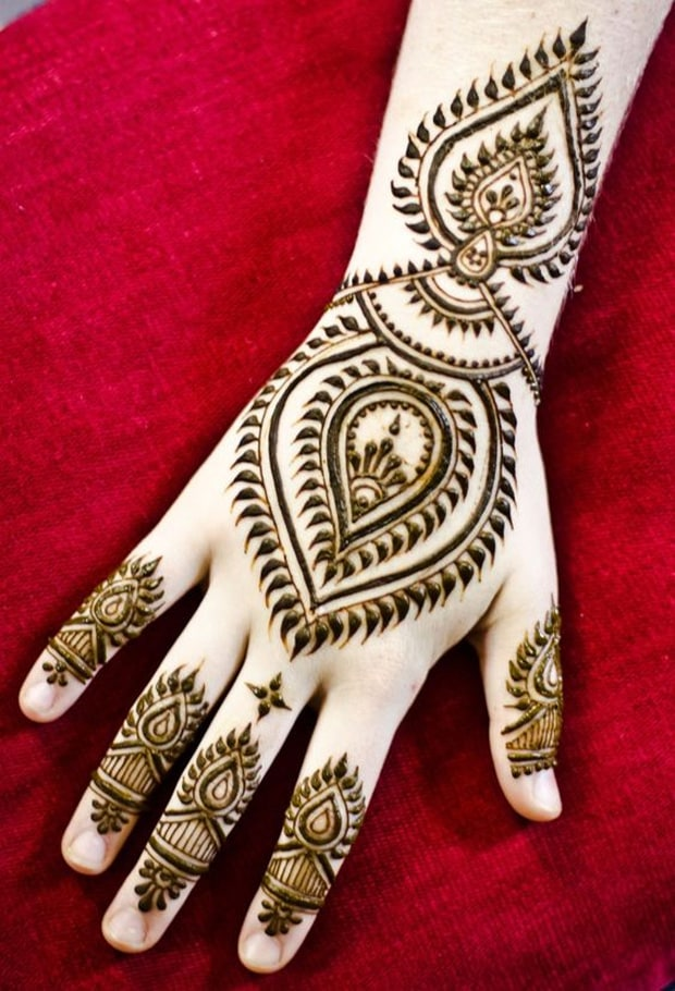 New Casual Henna Maple Designs for Brides