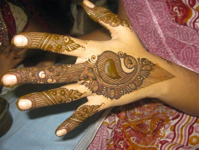 Outstanding Arabic Morni Mehndi Designs Images