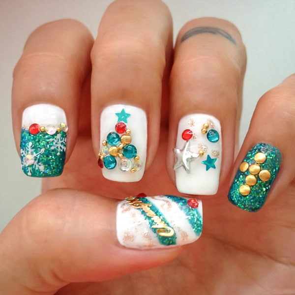 Outstanding Girls Nail Designs for Christmas