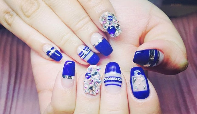Pretty Blue Nail Art Designs for Inspiration