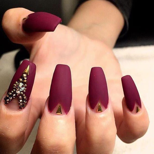 Stylish Acrylic Maroon Nails Art Pictures