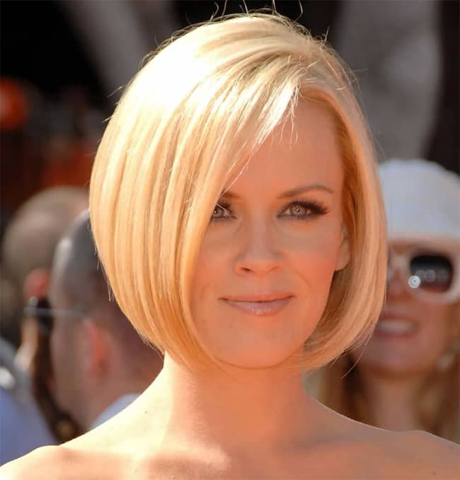 Stylish Bob Haircut Trend for Women