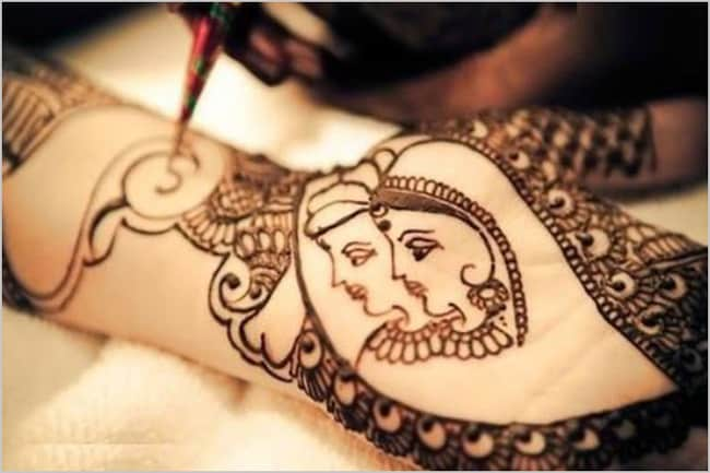 Traditional Bride And Groom Mehndi Design Pictures