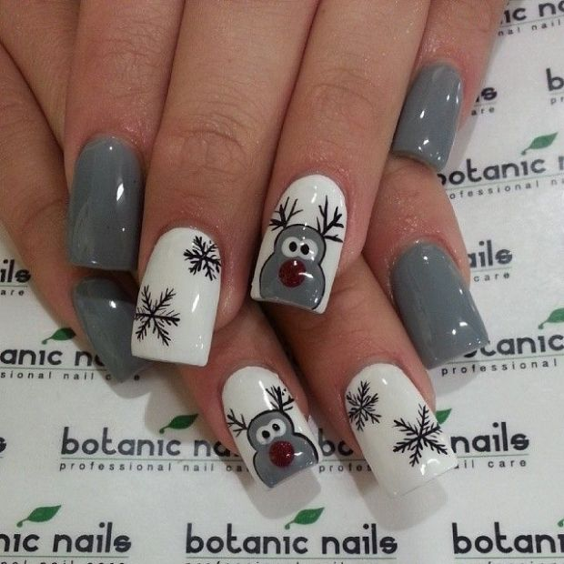 Trendy Christmas Nail Designs for Inspiration