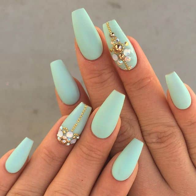 Trendy Matte Summer Nail Designs