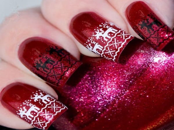 Wonderful Maroon Christmas Nail Paint Designs