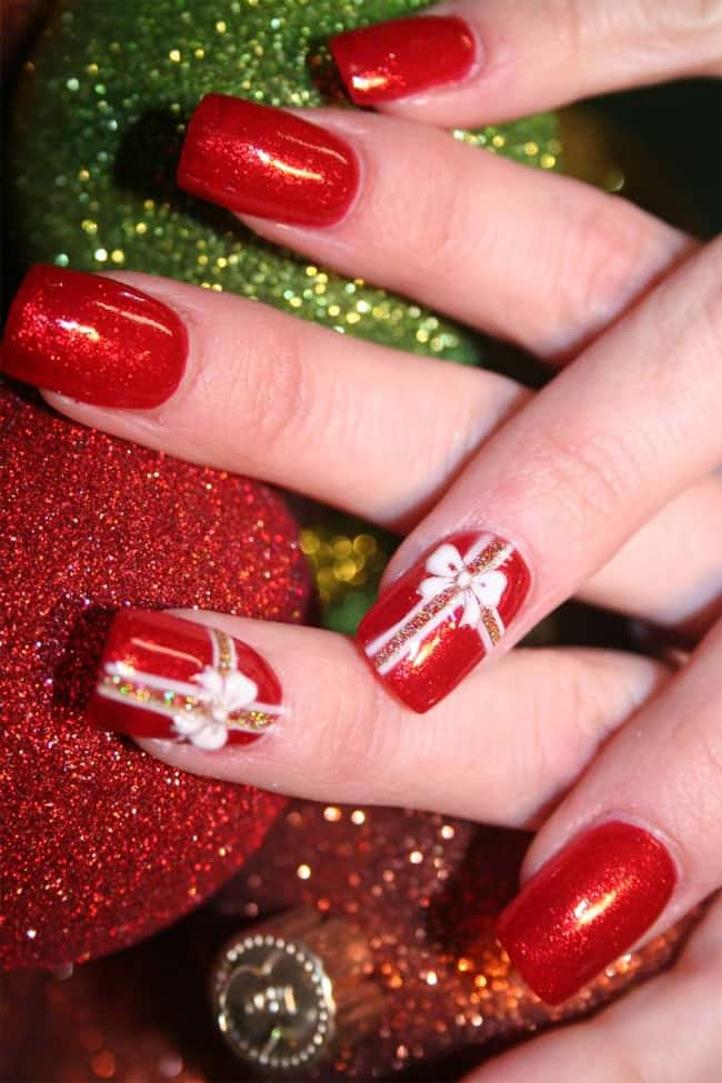 Wonderful New Year Nail Designs for Christmas - SheIdeas
