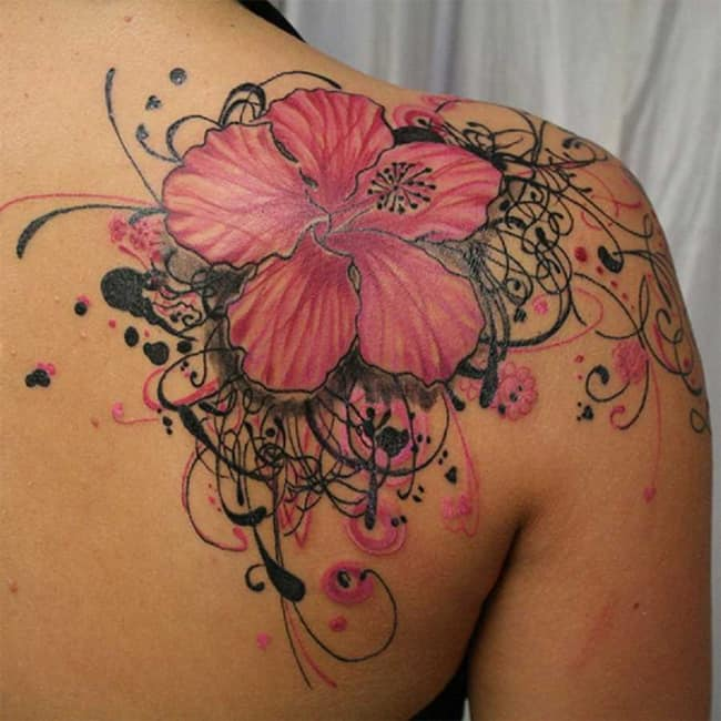 amazing-shoulder-tattoo-design-with-flower