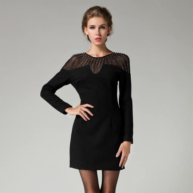 awesome-petite-black-dresses-for-college-girls