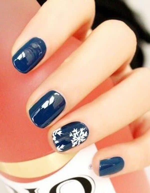 15 Cute Winter Nail Designs For Happy New Year