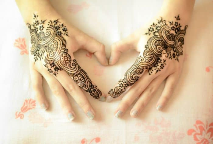 Mehndi Back Tattoo Designs : Superlative mehndi tattoo designs for ladies sheideas