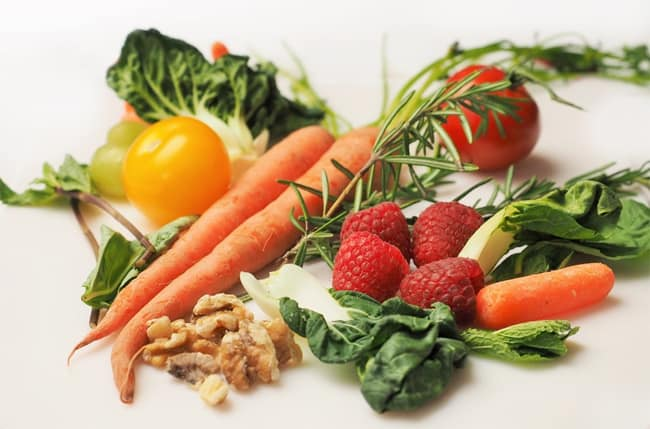 carrots-tomatoes-vegetables-and-other-fruits