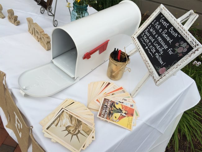 cool-wedding-guest-book-postcard-ideas