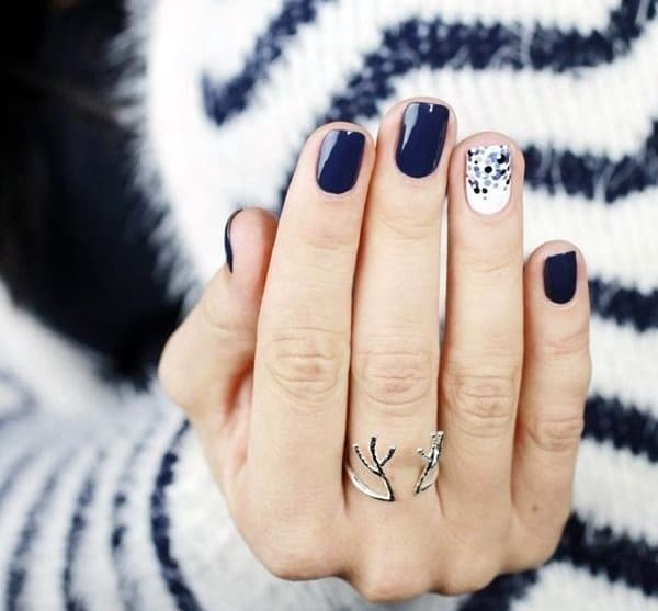 creative-winter-nails-designs-for-inspiration