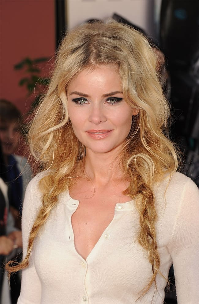 curling-wand-braid-graduation-hairstyles-pictures
