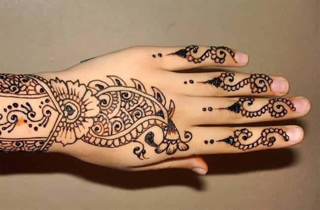 Cute Mehndi Hands : Stylish and lovely henna designs for hands sheideas