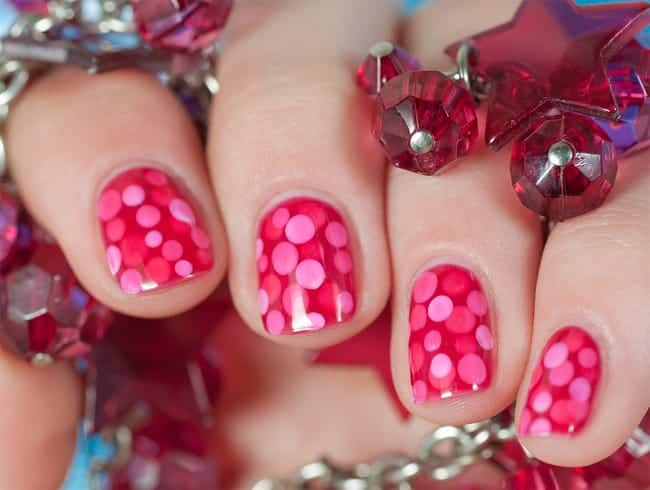 Easy and Simple Polka Dot Pink Nail Art Images