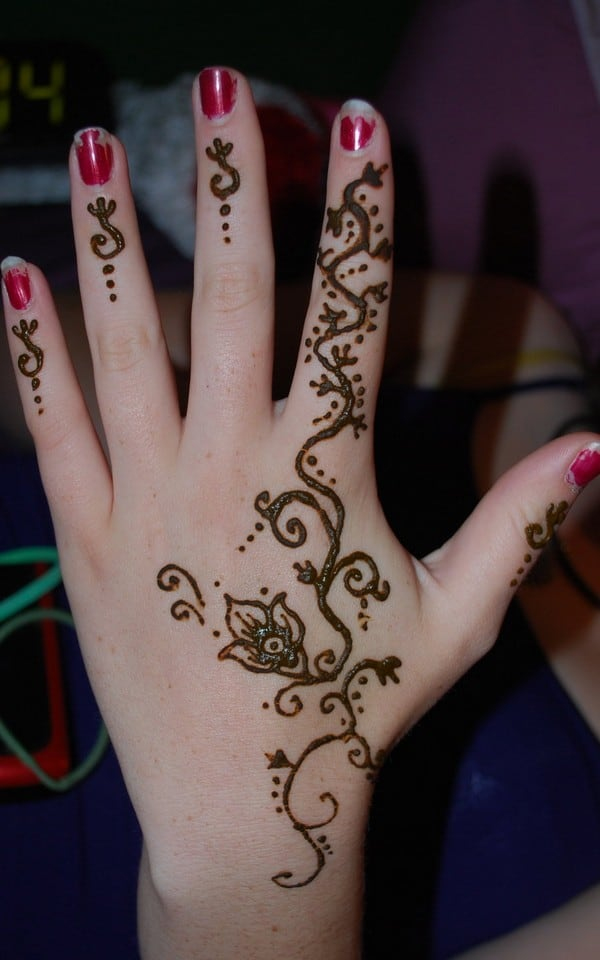 fancy-tribal-henna-tattoo-designs-for-hands
