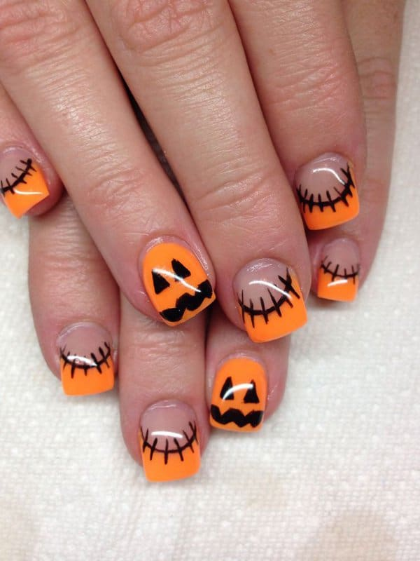 fresh-and-spooky-halloween-nails-art-designs