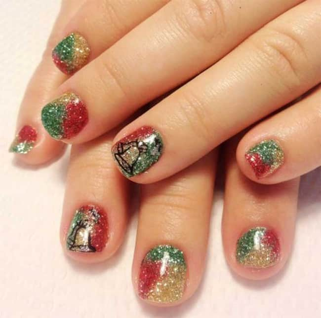 inspiring-kids-nail-art-designs-for-christmas
