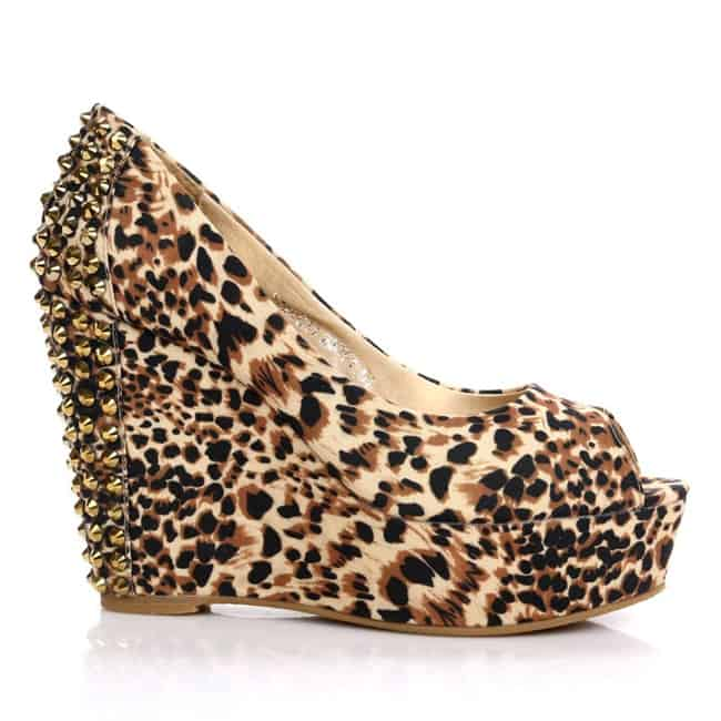 outstanding-girls-party-leopard-printed-shoes