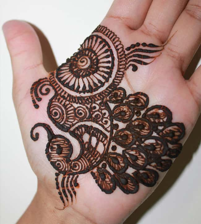 simple-henna-peacock-designs-for-hands