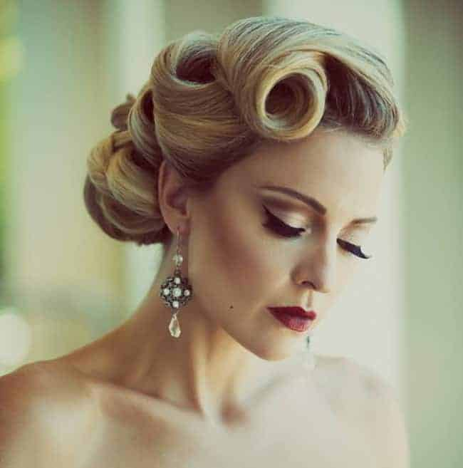 20 Easy And Simple Vintage Hairstyles Pictures