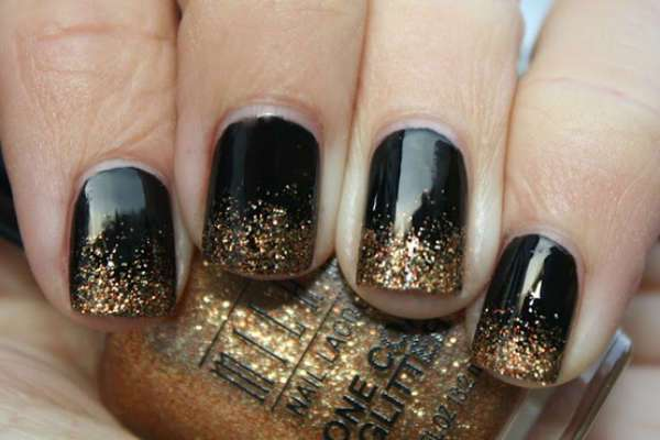 trendy-black-glitter-nails-ideas-for-winter