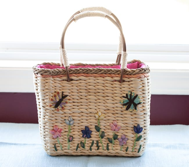 Vintage Inspired Straw Woven Handbags for Spring