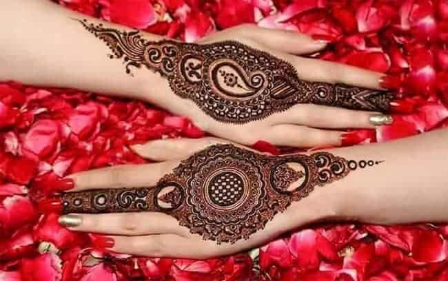 back-hand-henna-bridal-mehndi-ideas-for-christmas