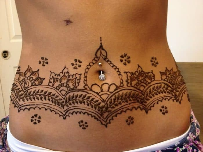 30 Most Beautiful Belly Mehndi Designs