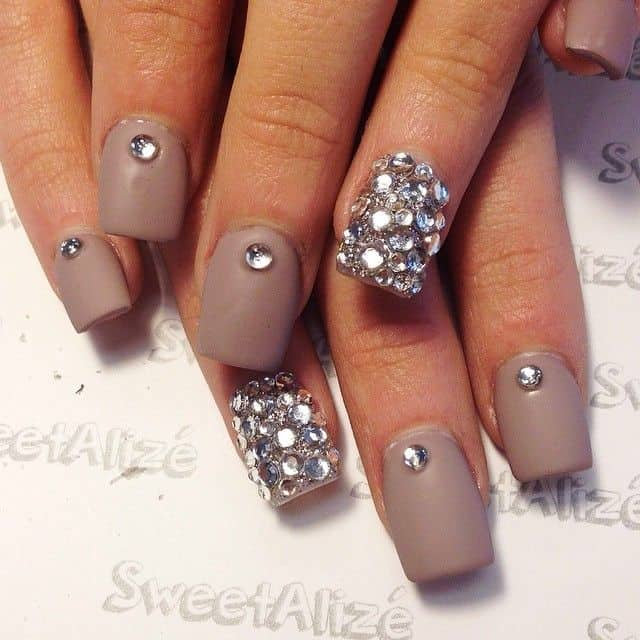 Acrylic Nail Art Designs Gallery: 17 Cool Rhinestone Nail Designs For Inspiration