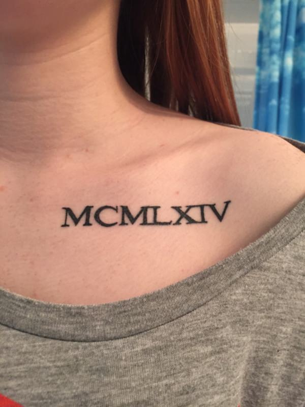 cute-roman-numeral-girls-shoulder-tattoos-designs-2017